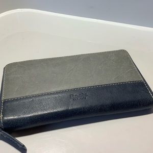 Roots tribe leather wallet